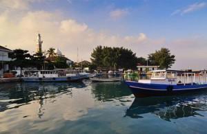 boat di pulau pramuka